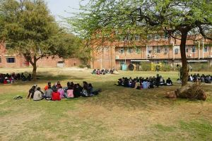 Outdoor classes in JNU as part of the compulsory attendance boycott. Credit: Special arrangement