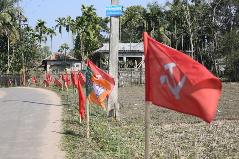 BJP and CPI(M) flags can be seen lining roads across Tripura. Credit: Akhil Kumar