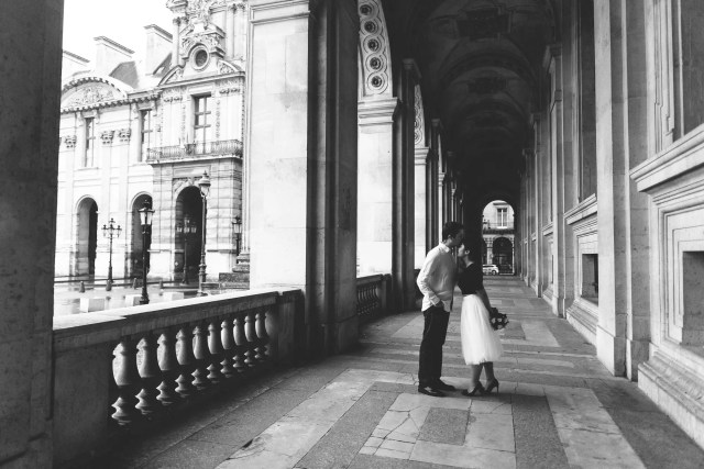Forehead kiss Louvre Museum Paris Photography