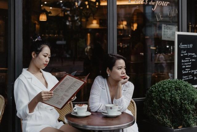Lifestyle paris cafe coffee best friend