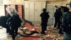 La police à l'intérieur d'Al-Aqsa, après les affrontements du 26 juillet. (Crédit : police de Jerusalem)