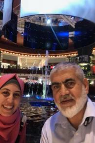 Rawhi Mushtaha et son épouse aux Emirats arabes unis, fin 2016.