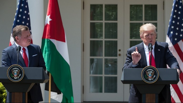 US President Donald Trump gives a press conference with King Abdullah II of Jordan in the Rose Garden at the White House on April 5, 2017. (AFP Photo/Nicholas Kamm)