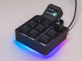 Customizable Macro Keyboard with QMK
