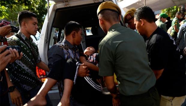 Open House JK, Warga Makassar Berdesakan, Ada yang Pingsan