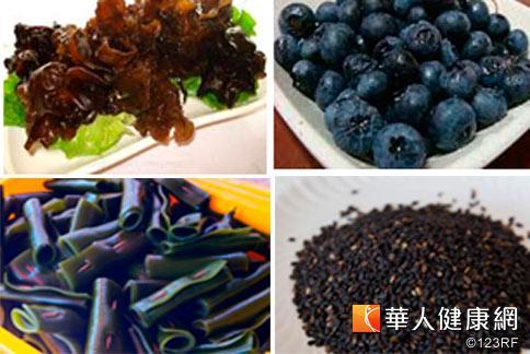 多吃黑木耳、紫菜、莓果類、海參、海帶、黑芝麻等可幫助抗老防皺,打造美麗肌膚。