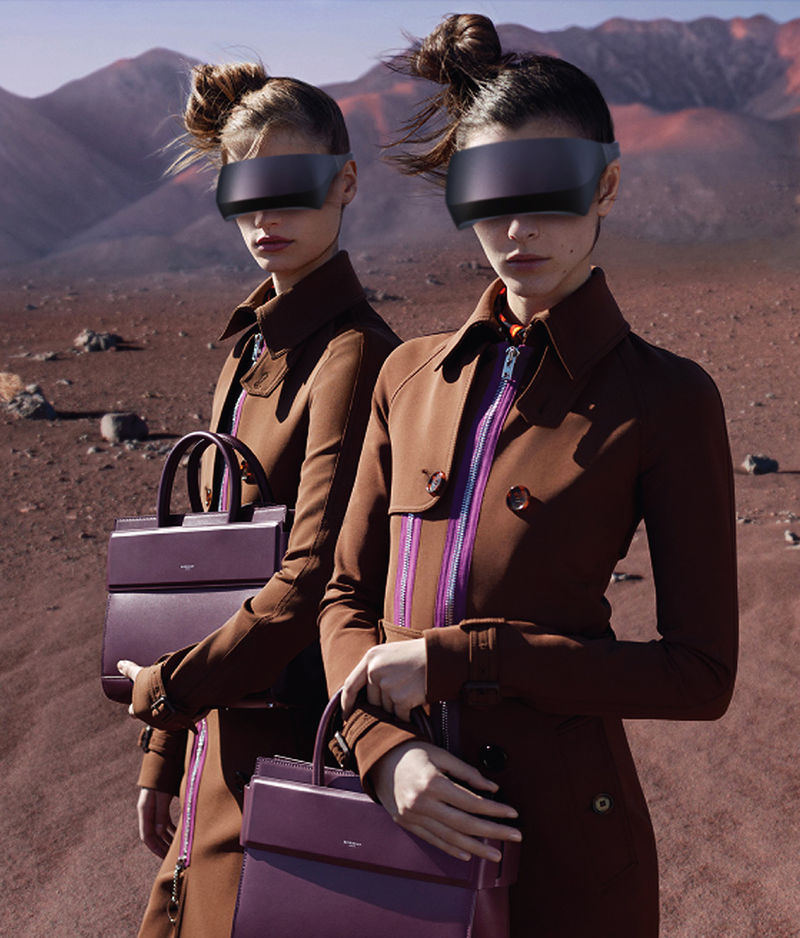 Fashion House VR Headsets Givenchy Vr