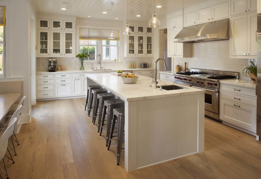 36 Modern Farmhouse Kitchens That Fuse Two Styles Perfectly