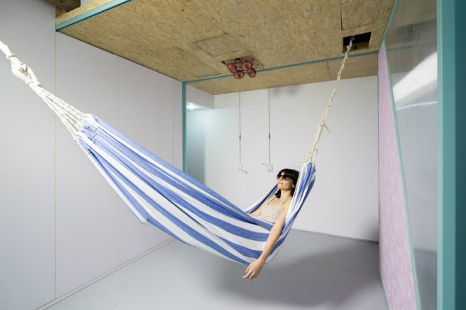Apartment Hammock 900x599 Indoor Ideas For Year Round Summer Atmosphere