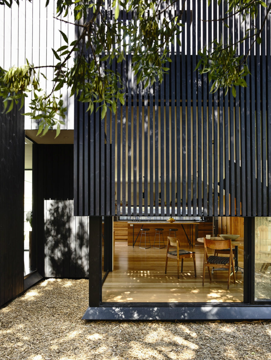 Modernized 19th Century House With A Contemporary Timber