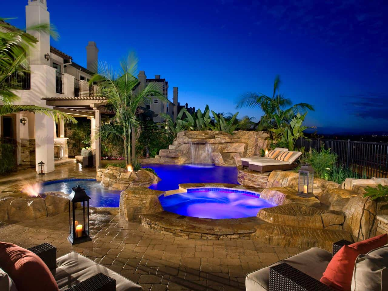 Swimming Pool Trends For The Ultimate Staycation Right At Home