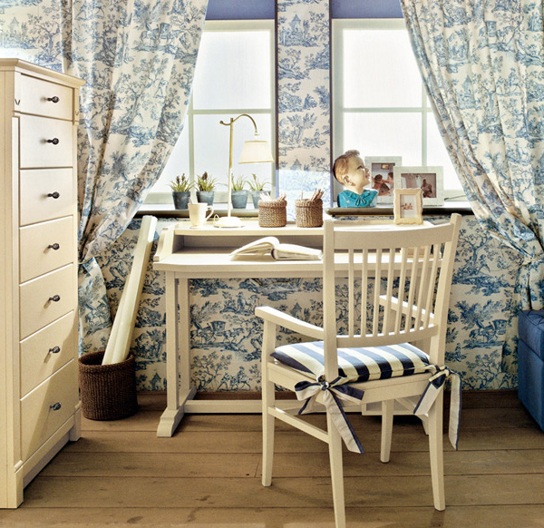 Classic English Style Childrens Bedroom By Minacciolo