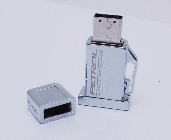 Çeşitli Şekillerde Flash Diskler (102 Fotograf)