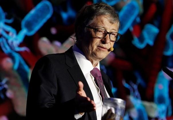 Bill Gates tuvaleti tanıttı, su kullanmadan çalıştı ve kanalizasyona bağlandı (3 fotoğraf)