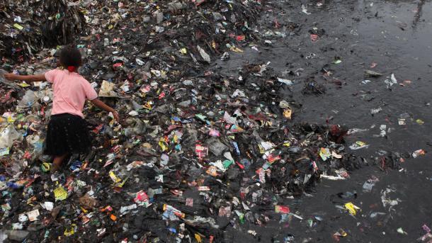 """El daño que causa Coca Cola al medio ambiente es """"chocante"""""""