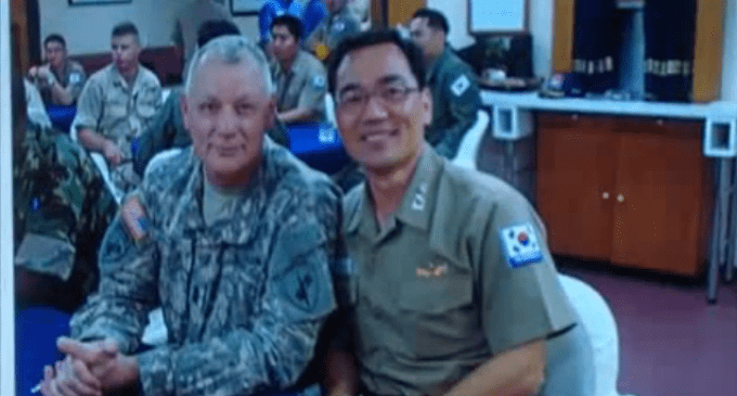 Former Army Ranger: We Are Not Far From Martial Law (2015/2016)