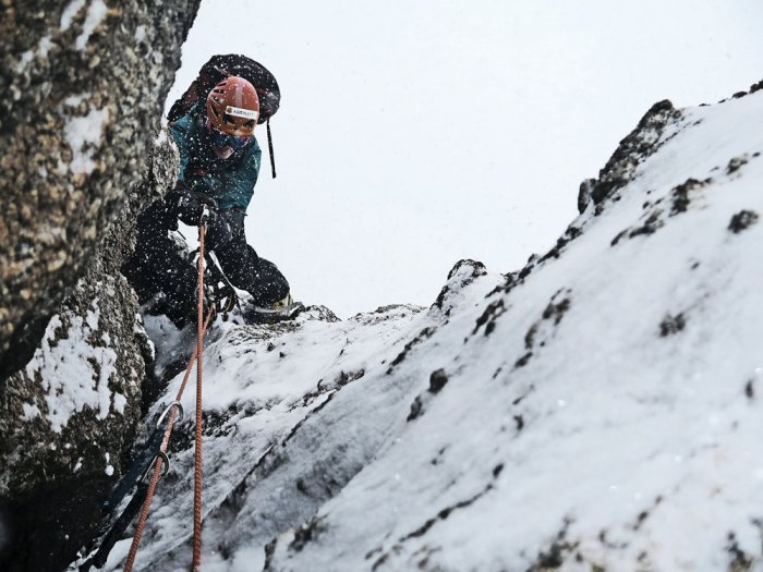 Cold climbing in Antarctica, 155 kb