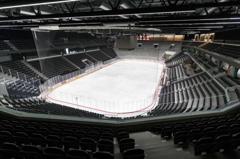 Will the Vaudoise aréna be able to accommodate more than 1,000 spectators from September?