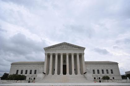 United States – Supreme Courtroom permits Texas anti-abortion legislation to be imposed