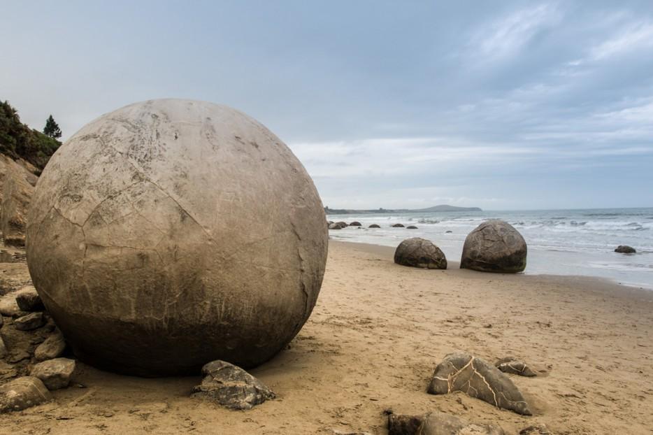 05 - Sphere Rocks