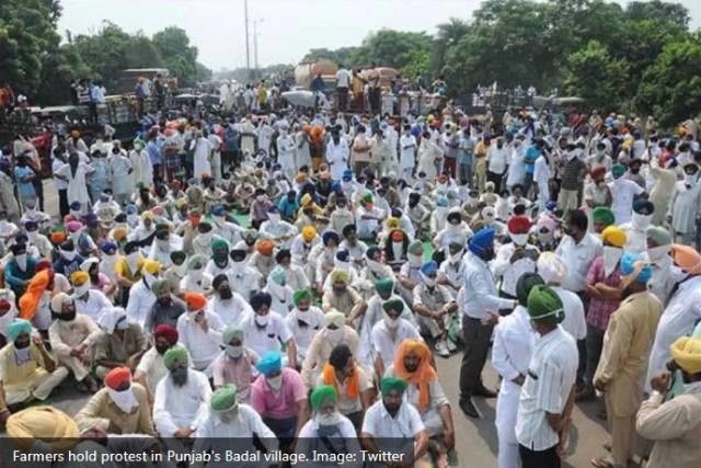 دہلی چلو مارچ: پنجاب کے کسانوں کے احتجاج کو روکنے کی کوشش کے بعد ٹوئیٹر صارفین نے کیا رد عمل