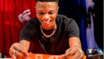 Wizkid's jersey designed by Nike sold out in 10 mins - Vanguard News
