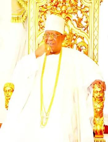 •Otunba (Dr.) Michael Olasubomi Balogun (CON)