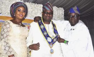 Immediate past district Governor (PDG) Lion Oyewole Oyewunmi, District Governor 404 B1- Nigeria Lion Lekan Babalola, his wife Mrs Debbie Babalola, during the Presentation of Lion Lekan Babalola as District Governor 2018/2019 Lions year and installation of Cabinet officers fund Raising in Lagos
