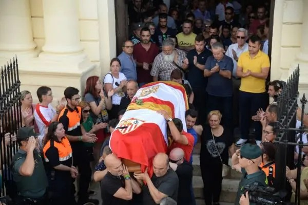 Reyes  Former Arsenal player Reyes laid to rest in Spain after car crash #Nigeria Reyes funeral e1559566589878