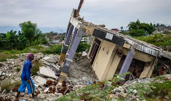 Earthquake: 20 killed, over 12,000 take shelter in Indonesia