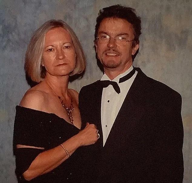 Woman batters husband to death, says 'I still love him'