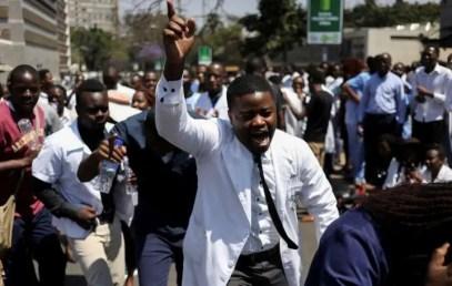 Zimbabwe deploys military doctors amid medical workers strike