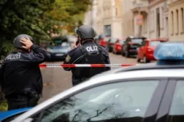 Shooters killed two in Germany synagogue, suspects escaped in hijacked car