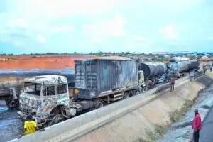 2 die, 13 vehicles burnt as tanker explodes in Ogun