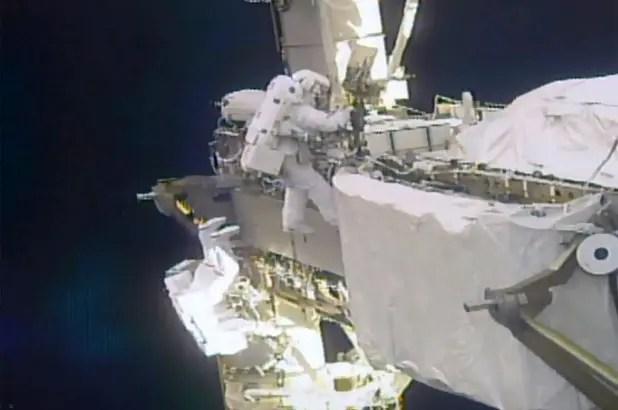 nasa spacewalk 449 1