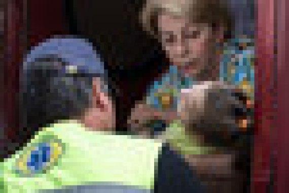"""«Вечером 24 декабря 2016 г. исполнительный директор МОО """"Справедливая помощь"""" Е. П. Глинка вылетела рейсом Минобороны в Сирию. Она сопровождала гуманитарный груз для университетского госпиталя Тишрин в Латакии. Фото 08.08.2014 г."""
