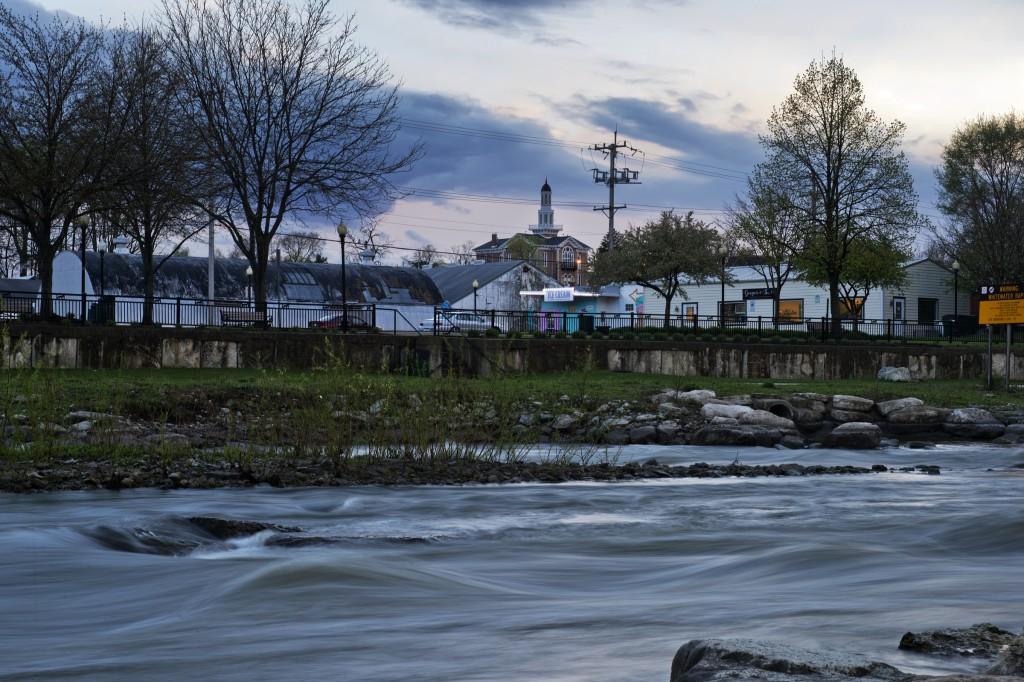 The Fox River flows through Yorkville. (Tom Williams/CQ Roll Call)