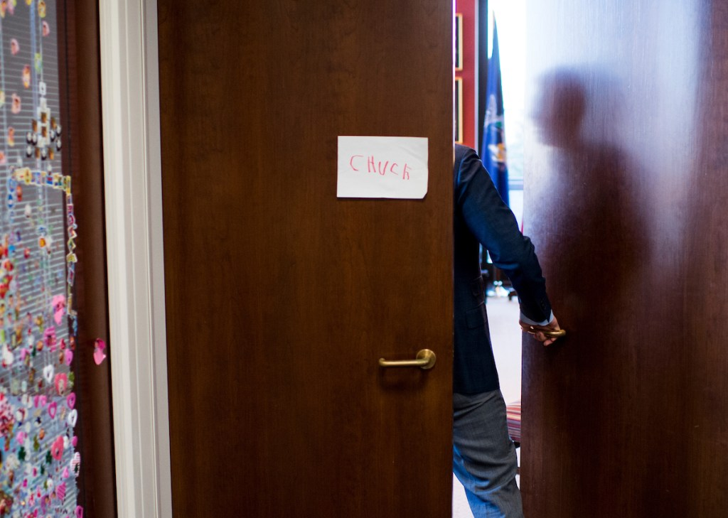 30. Nov. 18: A Senate aide checks to see if incoming Senate Minority Leader <a class=