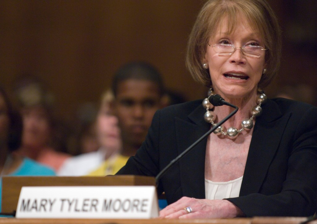 Actress Mary Tyler Moore, JDRF international chairman, testifies during the Senate Homeland Security and Governmental Affairs Committee hearing on Juvenile Diabetes Research on Tuesday, June 19, 2007.