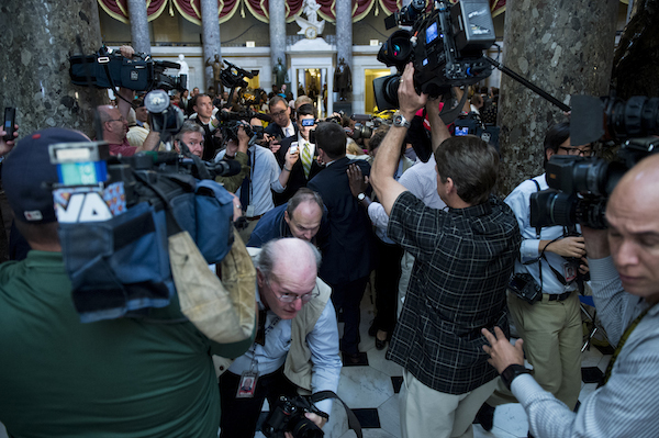 1 Cantor Resignation: A Photojournalists Challenge