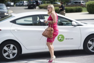 Sinema catches a ride in a ZipCar at the House steps following a vote last September. (Bill Clark/CQ Roll Call File Photo)