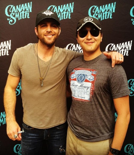 Singer-songwriter Canaan Smith poses with Hill staffer cum country music aficionado Kurt Bardella in Bristow, Va. (Courtesy Kurt Bardella)