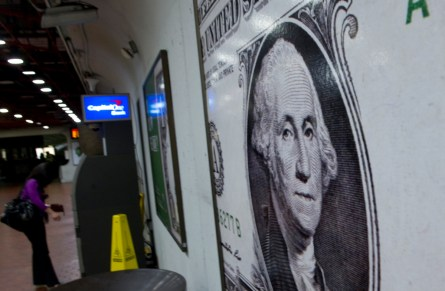 Congressional salaries aren't going up any time soon. (CQ Roll Call File Photo)