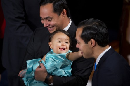 Dads on Capitol Hill still stand to improve paternity leave policies: one former reporter wants to tell them how. (Tom Williams/CQ Roll Call File Photo)