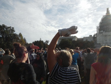 What's more magical than waving to the pope while wearing a Mickey Mouse glove? (Warren Rojas/CQ Roll Call)