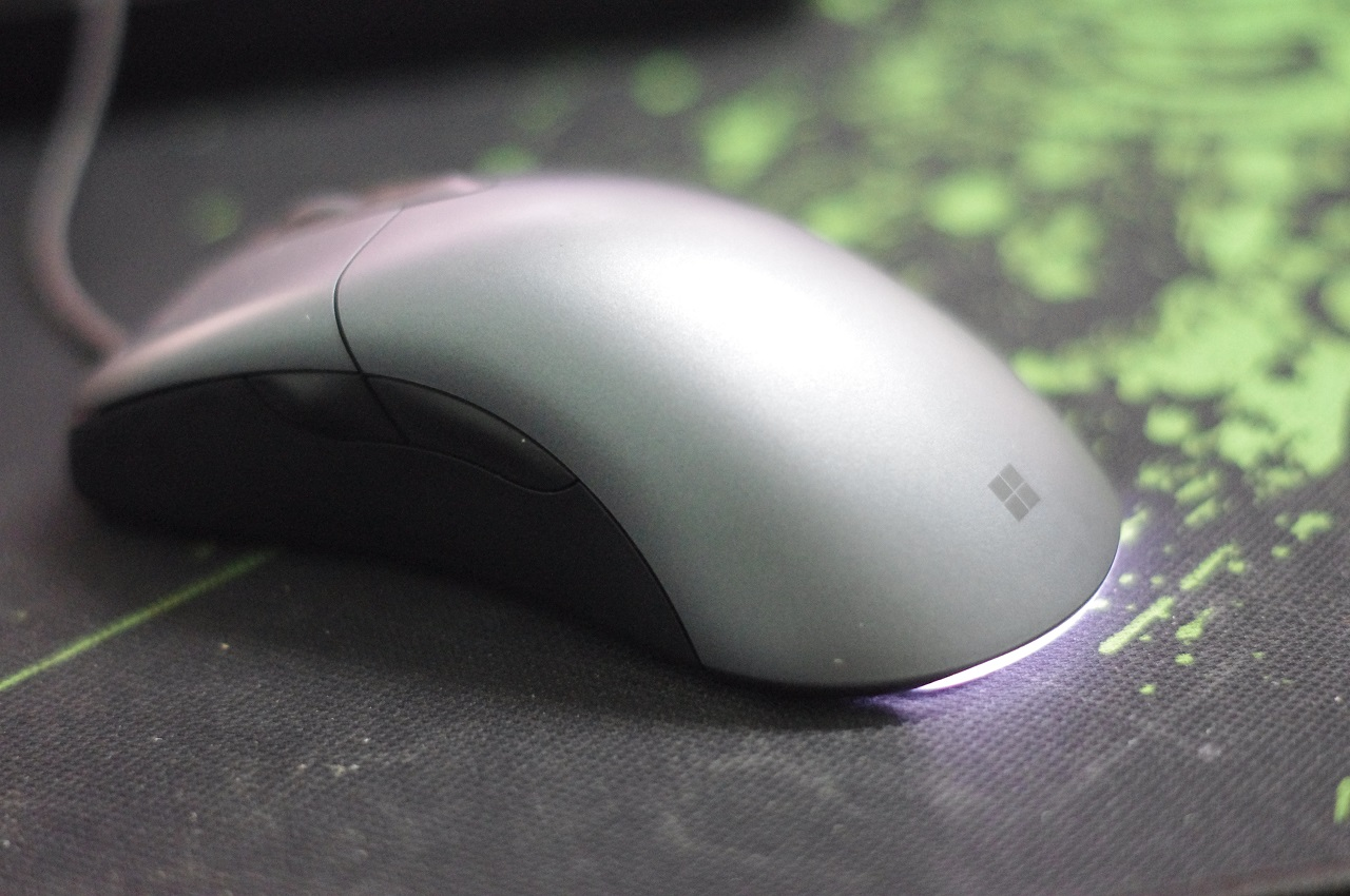 microsoft-classic-intellimouse-danh-gia-gaming-gear-2