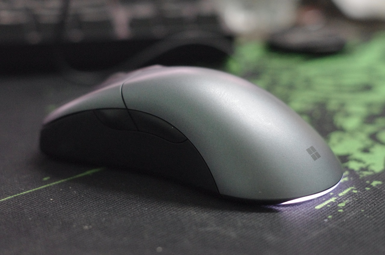 microsoft-classic-intellimouse-danh-gia-gaming-gear-11