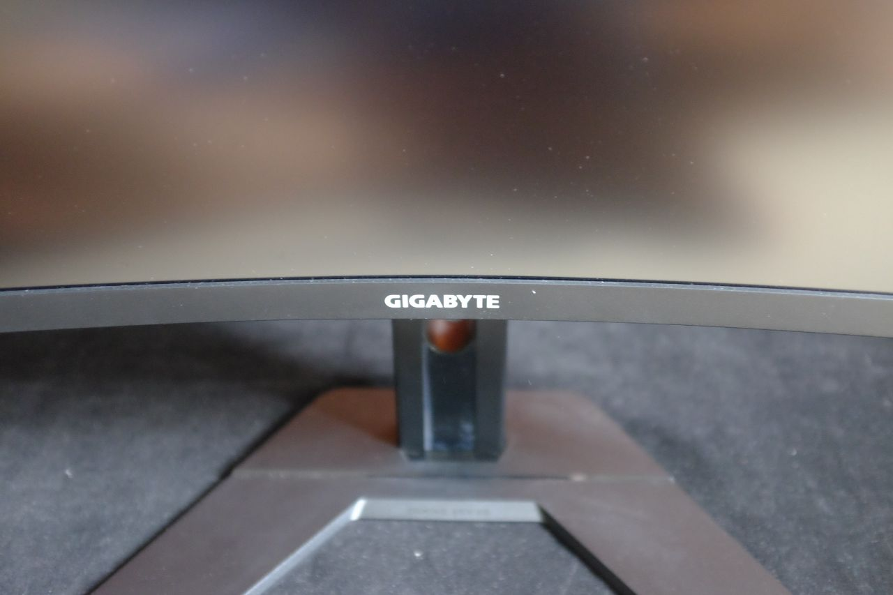Gigabyte G27QC Gaming Monitor – Đánh Giá Gaming Gear