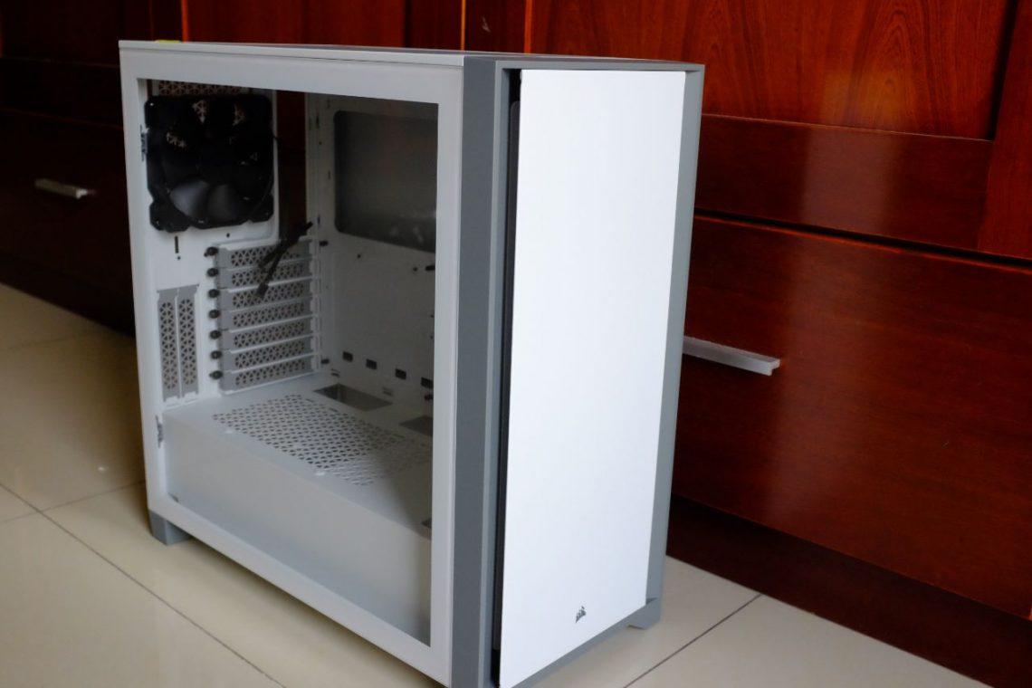 Corsair 4000D Tempered Glass Mid-Tower Gaming Case - Đánh giá nhanh