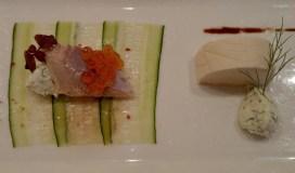 煙鱒魚,青瓜薄片,刁草忌廉,魚子醬